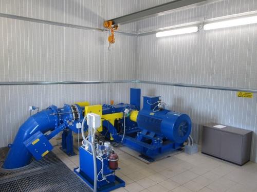 turbina-e-generatore-sulla-sinistra